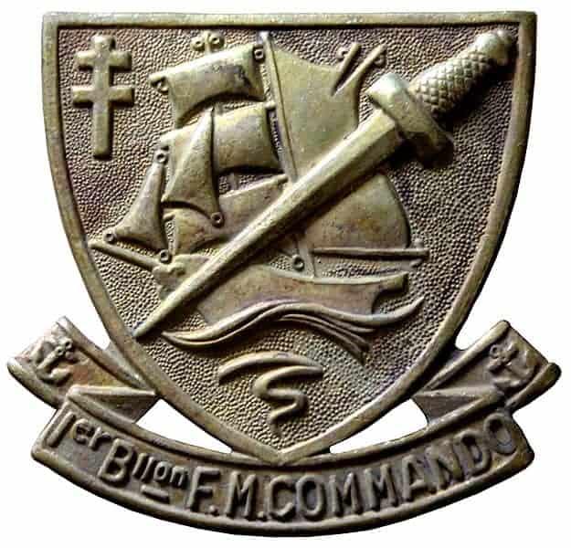 Insigne du 1er Bataillon de Fusiliers Marins Commandos dessiné par Maurice Chauvet en février 1944